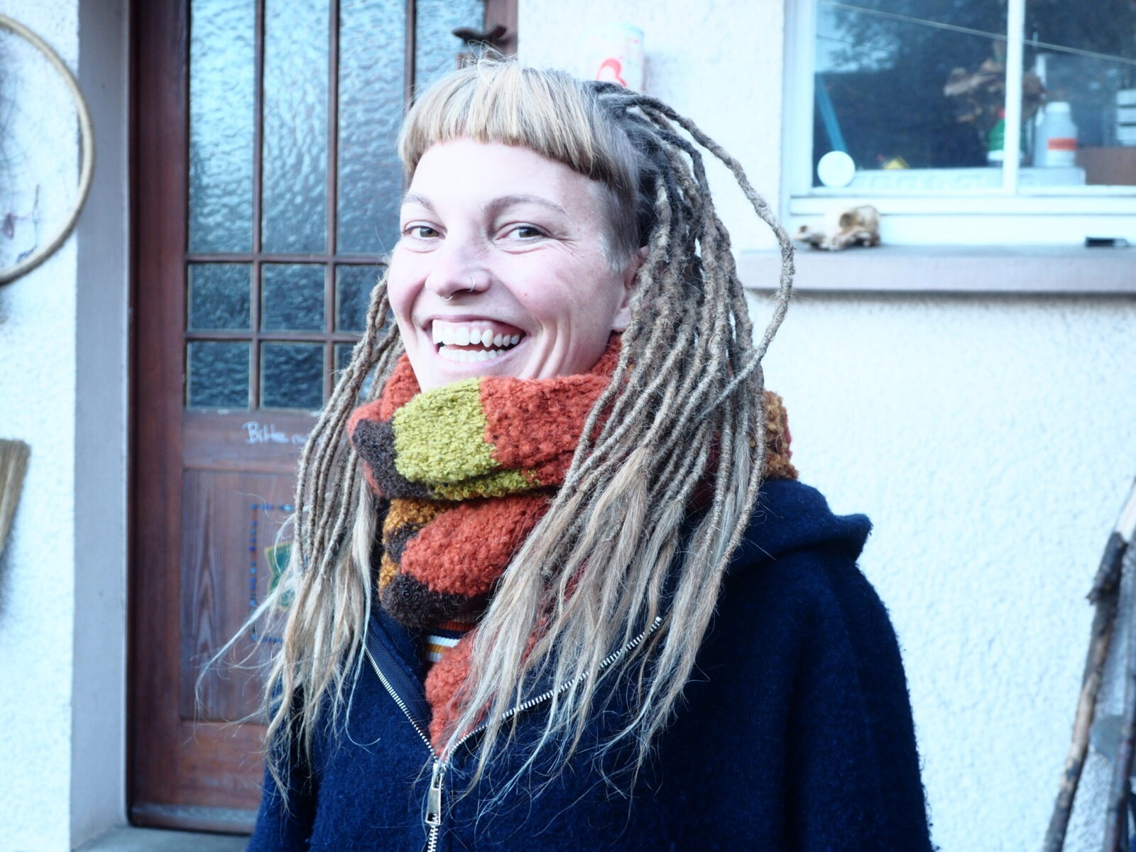 girl with dreads, dreads make happy