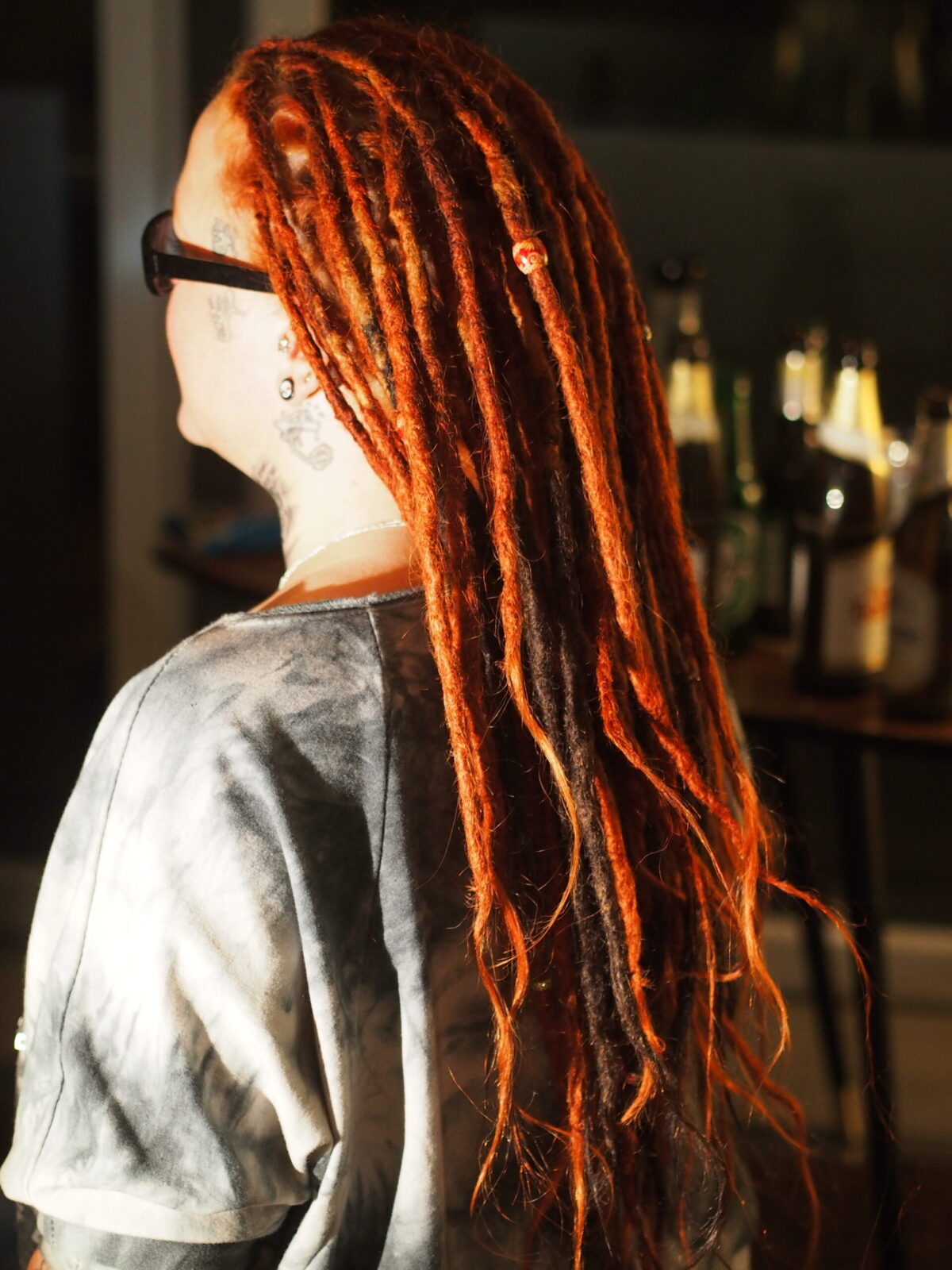 woman with dreads long red and black dreadlocks, dreadlocks in bw, dreadlocks in Baden-Württemberg, dreads  dreadcreations, dreadtastic, dreadfarm,