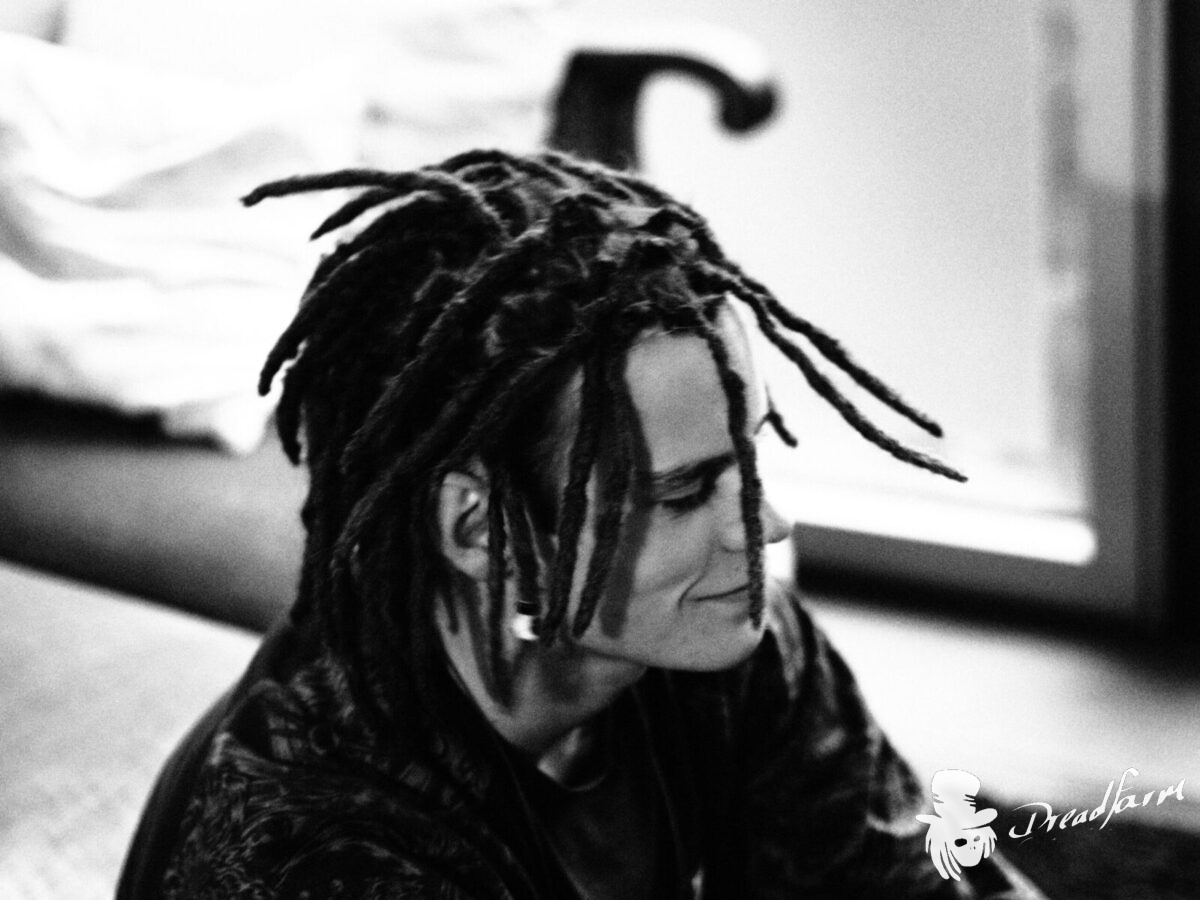 black and white foto of a boy with dreadlocks, dreadfarm,  dreadlocks in Germany, Dreadlocks South Germany